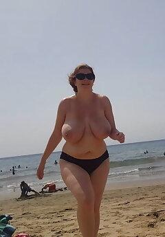 Topless Voyeur Pics
