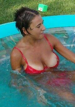 Pool Voyeur Pics