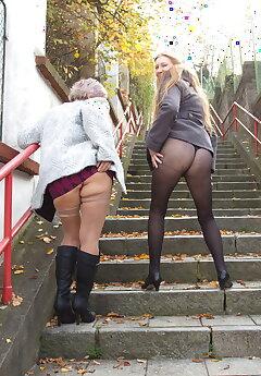Stairs Voyeur Pics