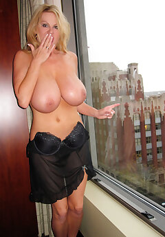 Window Voyeur Pics